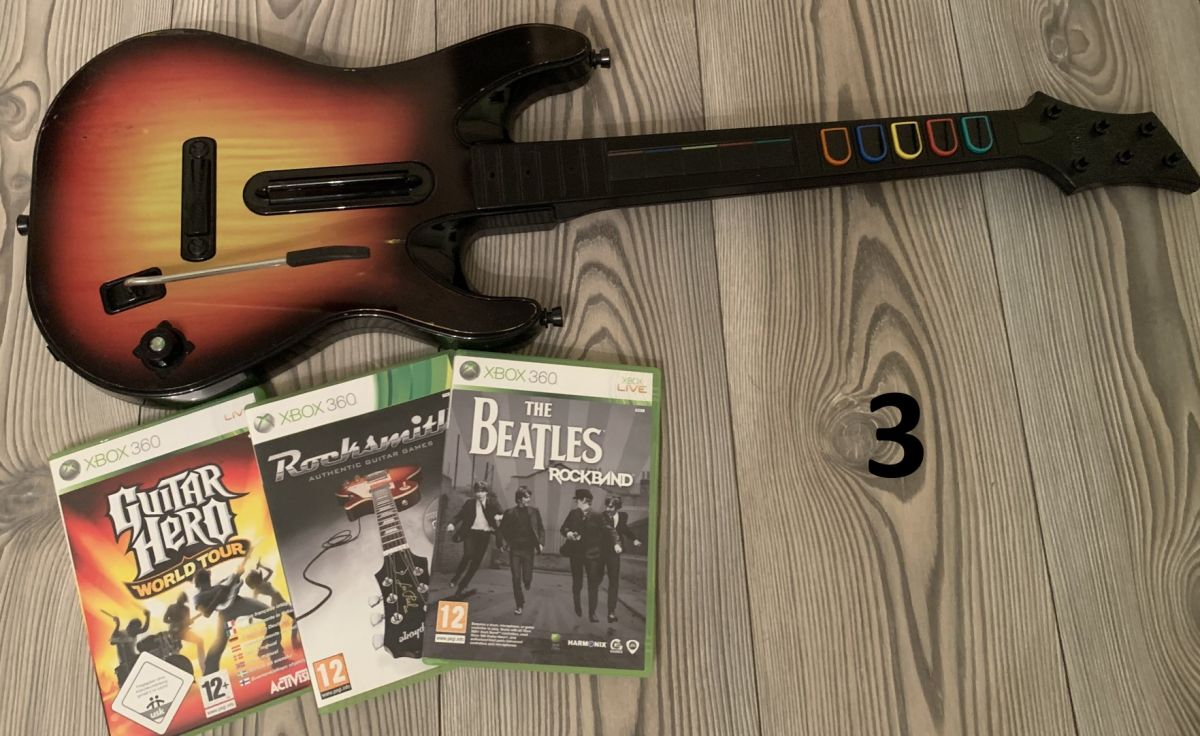 Guitar Hero kytara a hry Xbox 360